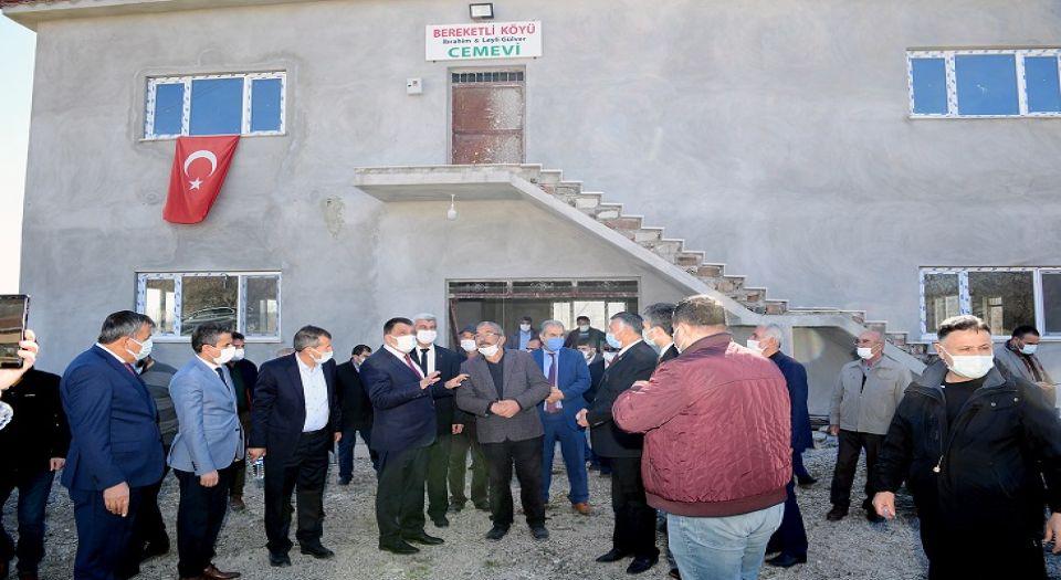 Başkan Gürkan cemevi inşaatını inceledi